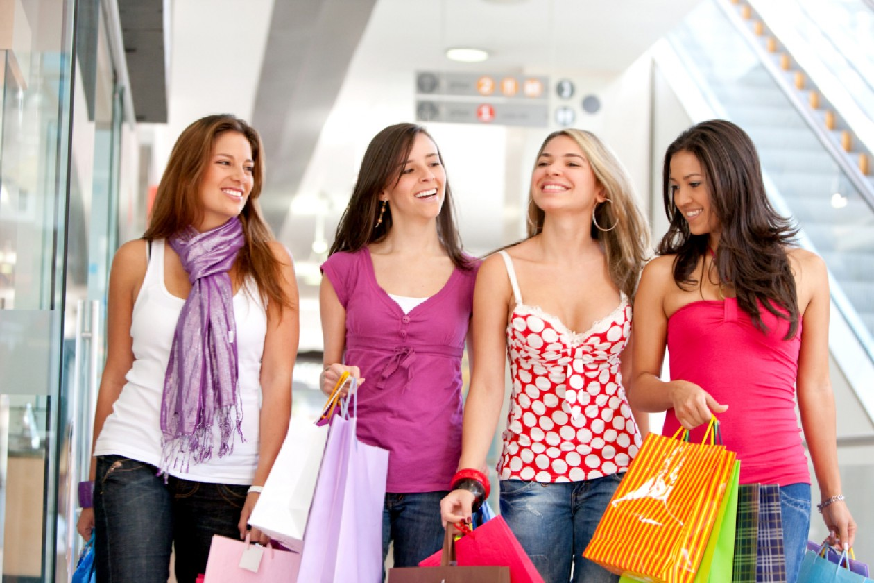 New Study Says Young Women Still Want Bricks And Mortar - B&T